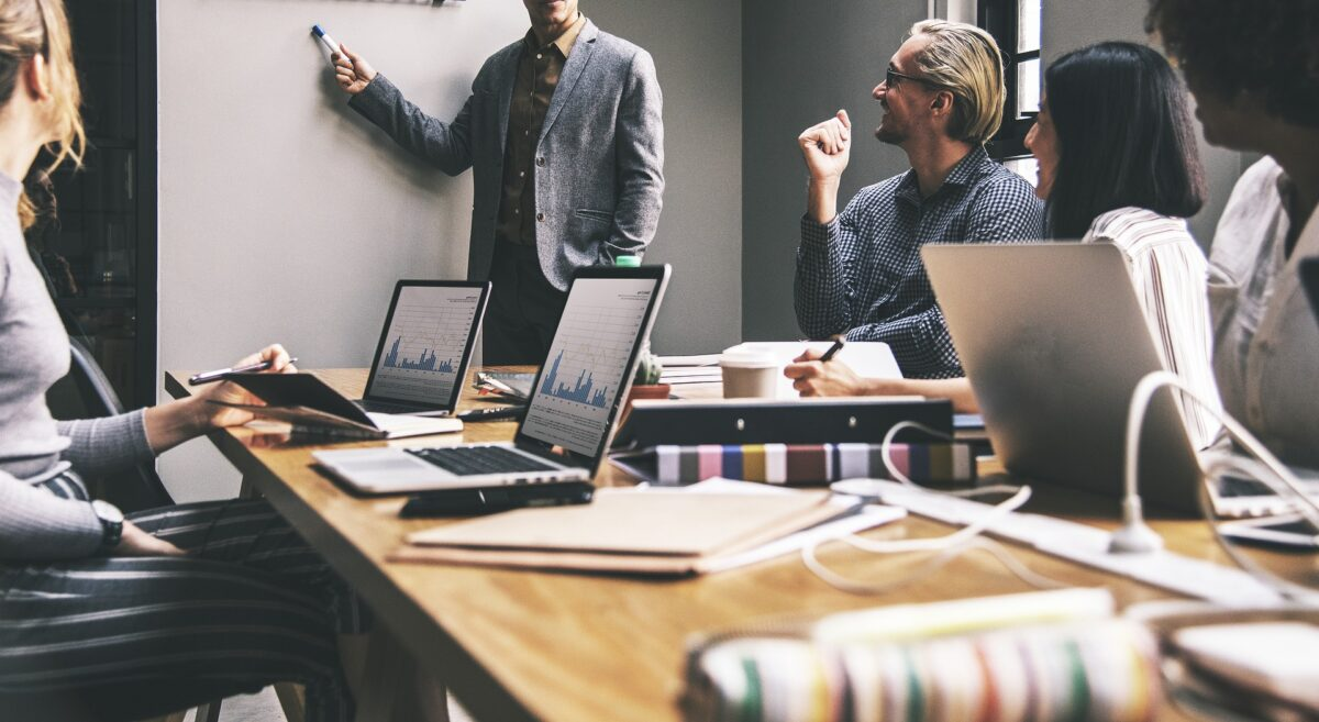 La révolution numérique impose une horizontalisation du management des entreprises