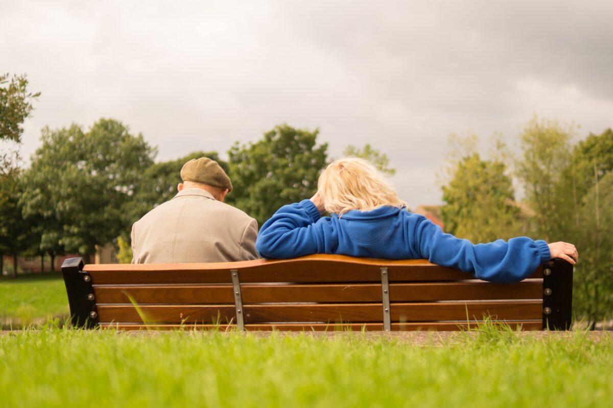 Avec l'allongement de l'espérance de vie, il faut reculer l'âge du départ à la retraite. Vraiment ?