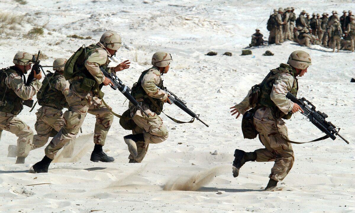 La guerre : une solution pour venir à bout d'une crise et faire repartir la société sur de nouvelles bases ?